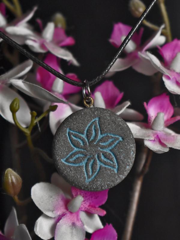Verižica lotusov cvet